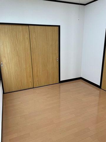 国分寺市東恋ヶ窪3丁目貸家 洋室